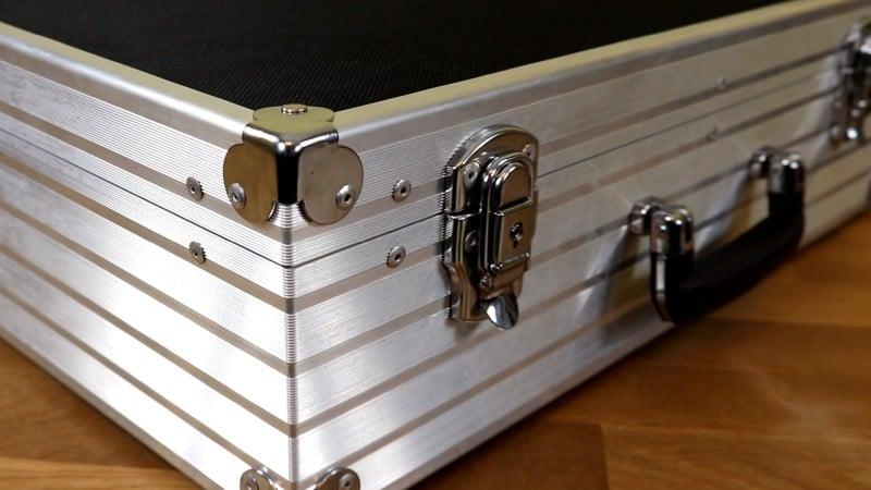 Außen Ansicht - abgeschirmter Koffer für Handys