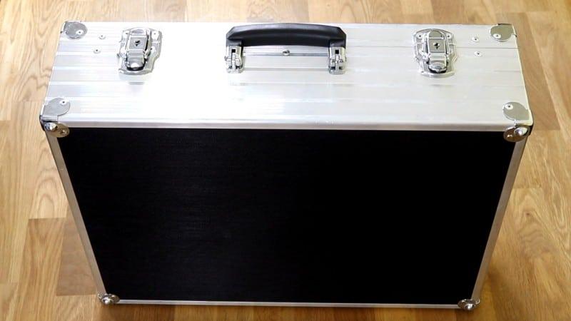 Geschlossener geschirmter Koffer für Handys - Smartphone - Mobilgeräte